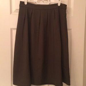 Forever 21 green pleated midi skirt